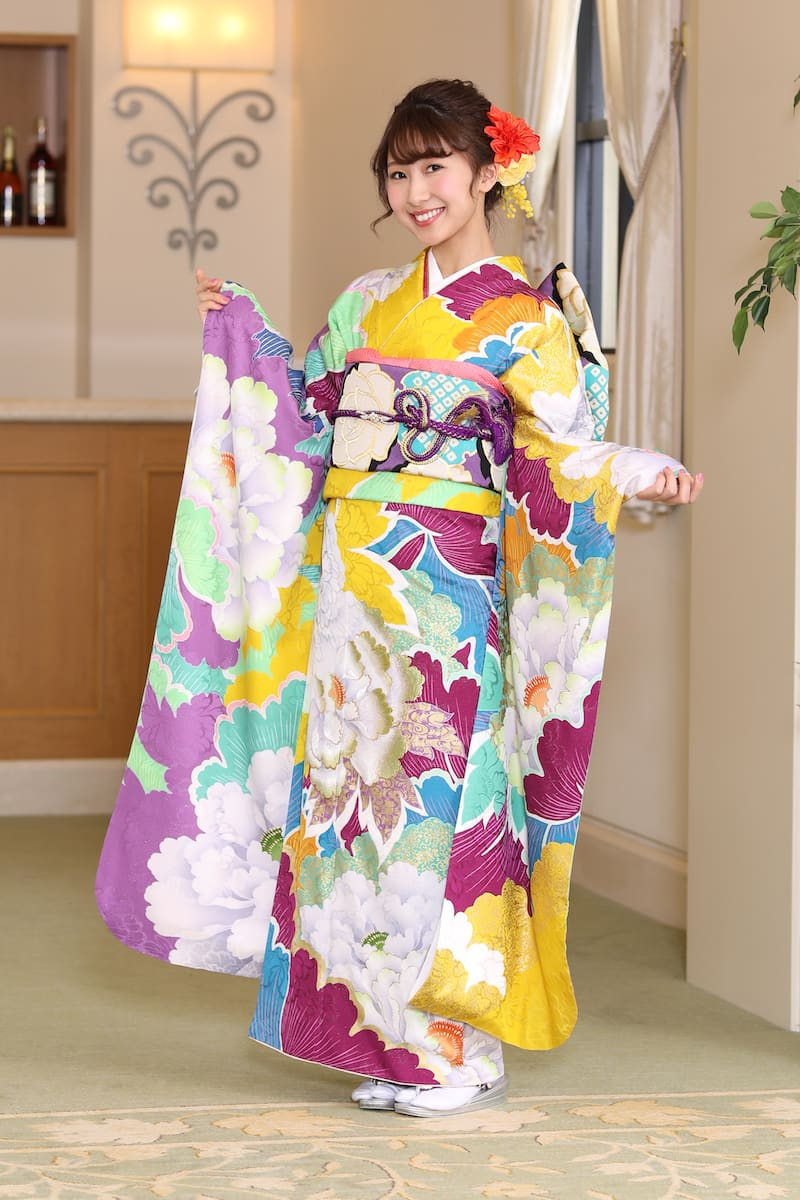 ヨシヅヤ振袖コレクション